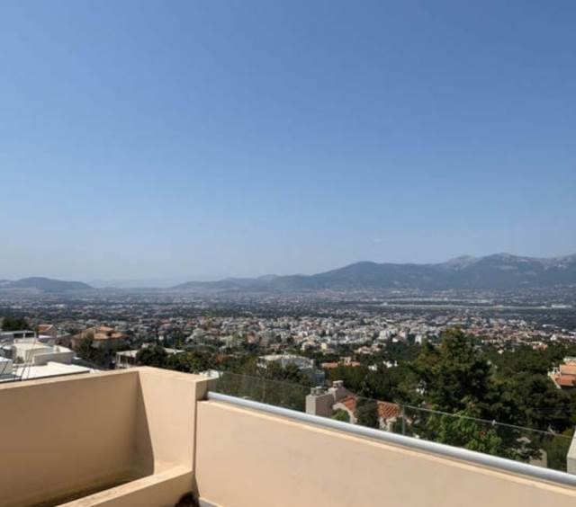 (For Sale) Residential Maisonette || Athens North/Kifissia - 370 Sq.m, 4 Bedrooms, 970.000€